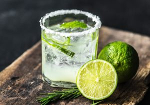 alcoholic-beverage-beverage-citrus-1232152